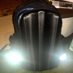 KROSER laptop backpack w/ hard front & charge slot